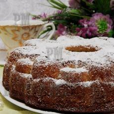 Сочный, нежный кекс из яблочного и макового теста