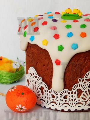 Необычная и вкусная глазурь, которая подойдет как для нанесения как на пасхальный кулич, так и на торт.